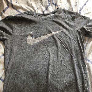 Large Nike T Shirt Dri Fit